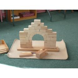 Grande arche romane Montessori